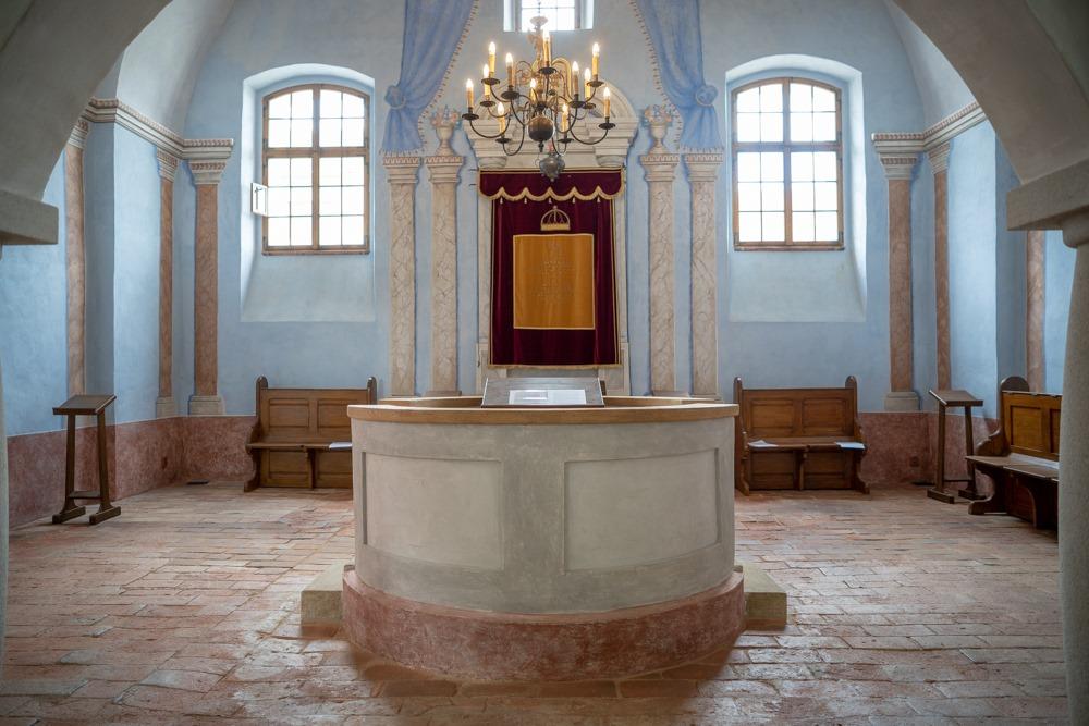 Obnovená synagoga v Polici u Jemnice   Federace židovských obcí v ČR